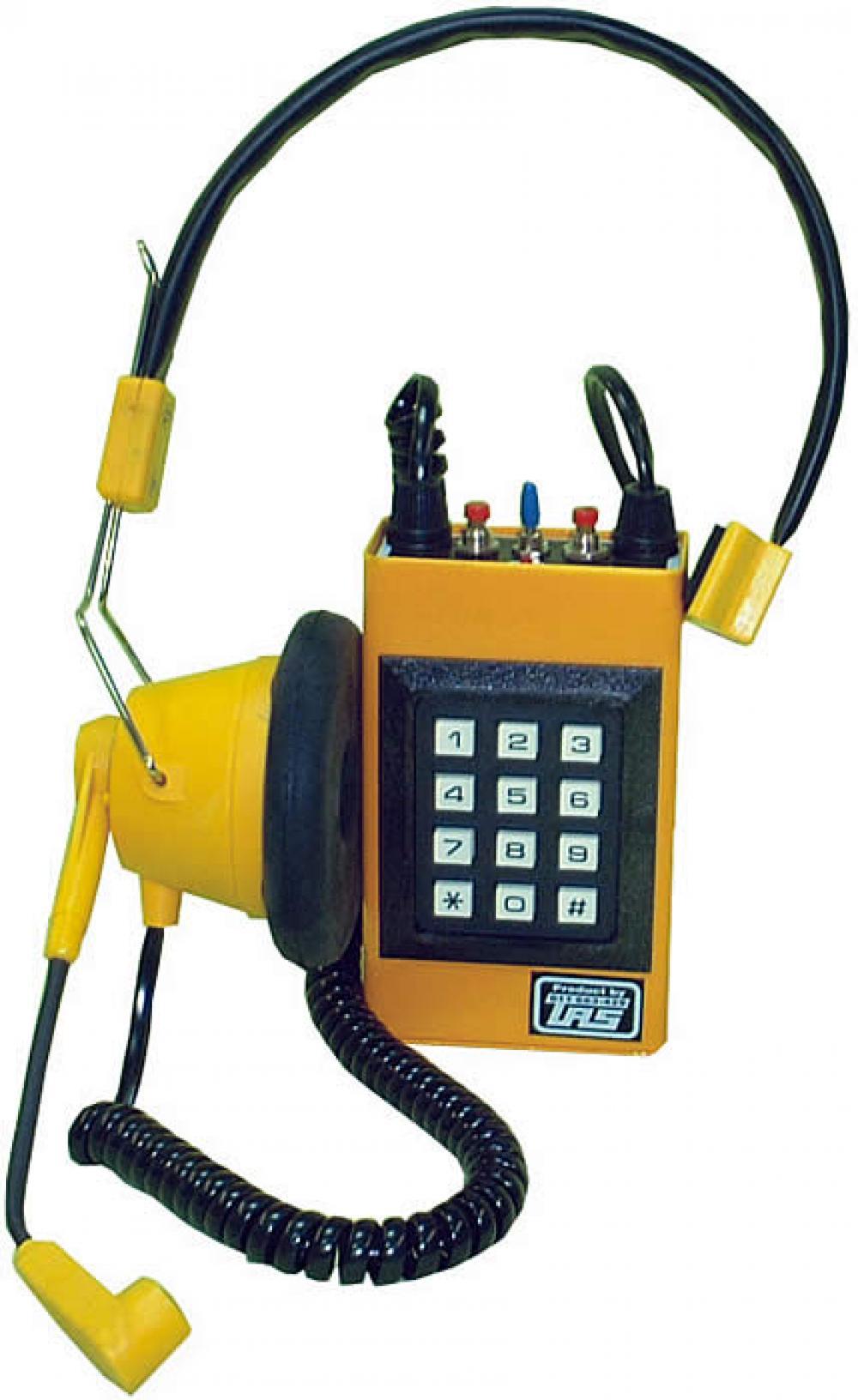 Ispitna telefonska kombinacija sa naglavnom slušalicom i tastaturom